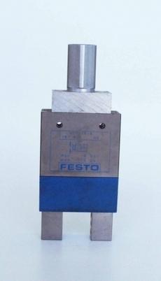 Garra pneumática (modelo: HGP-16-A)