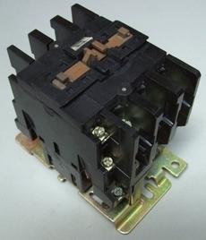 Contator (modelo: LC1D403)