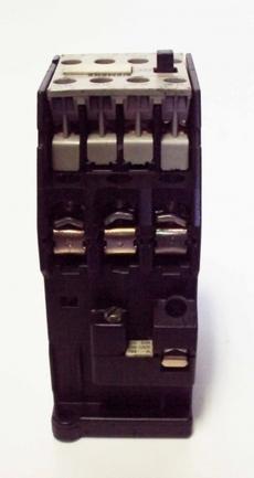 Contator (modelo: 3TB43 17-OA)
