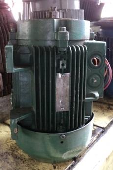 Motor elétrico (modelo: 4HP)