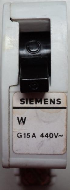 Disjuntor (modelo: G15A440V)