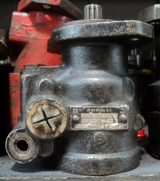 Motor hidráulico (marca: ZF Brasil)