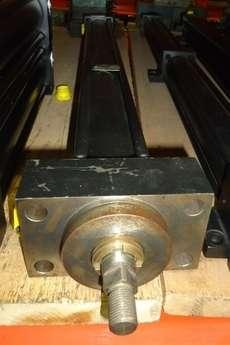 Cilindro hidráulico (modelo: 50X640)