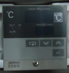 Controlador de temperatura (modelo:E5BWR1KJ)