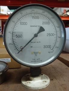 Manometro (escala 3000lbs/sqin 3000kg/cm2)