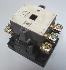 Contator (modelo: 3TB46)