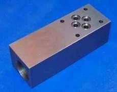 Bloco para válvula hidráulica tamanho 6