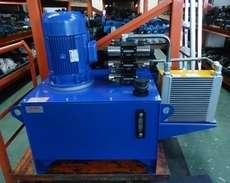Unidade hidráulica com motor reformado