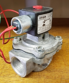 Válvula pneumática (modelo: EF8353G041J)