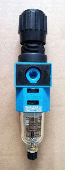 Filtro regulador (modelo: LFR-1/8-S-7B)
